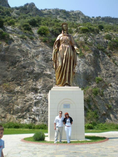 Эфес. Соловьиная Гора. Монумент Богородице Марии